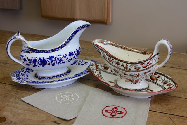 two_gravy_boats